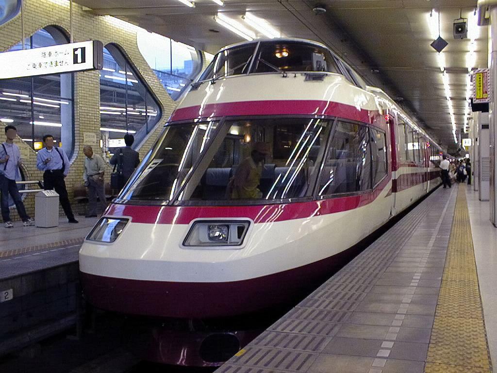 ロマンスカーHiSE(10000系)